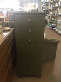 Tallboy dresser/cabinet with drawers Ruskin, 33570