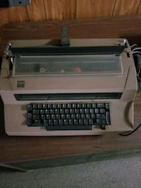 IBM Correction Selective 3 Vintage Typewriter