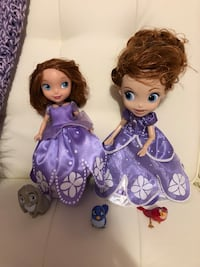 Talking and singing Sofia the first dolls like new Edmonton, T6H 3A8