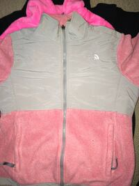 gray and pink The North Face fleece zip-up jacket Jamestown, 27282