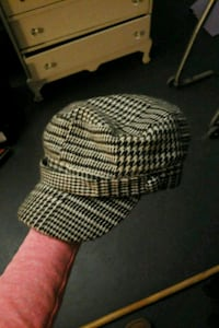 white and black checkered print hat Courtice, L1E 2N4