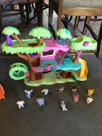 Lps with pets tree  Denver, 80229
