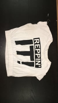 white and black Reppin' It! cap-sleeve crop top Calgary, T3K 5T6