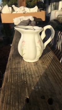 white, pink, and green floral ceramic pitcher Hagerstown, 21740