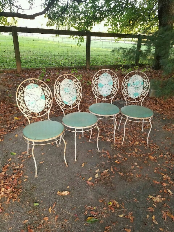 4 Antique Patio Chairs Wrought Iron - Used 4 Antique Patio Chairs Wrought Iron For Sale In Kennett Square