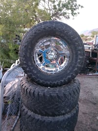 Tires and rims 35 - 12.50 / R 17