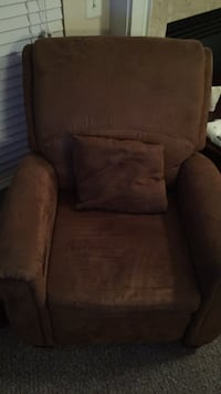 Electric  Massage Chair Like New Woodbridge, 22192