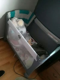 baby's white and gray travel cot Parkville, 21234