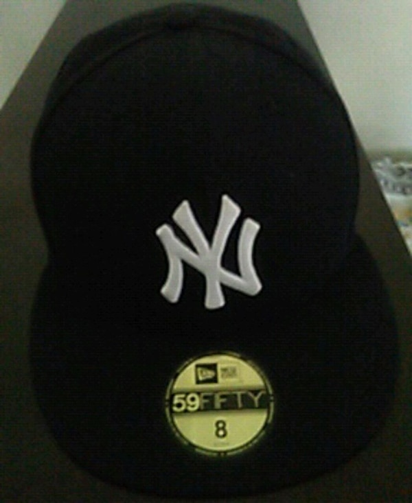 fc61ba1bffba0 Used black and white New York Yankees fitted cap for sale in New York -  letgo