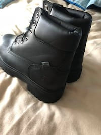 pair of black leather work boots Frederick