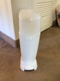 Diaper genie barely used excellent condition Barrington, 08033