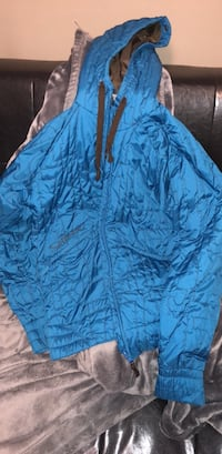 blue and black zip-up jacket Langley, V3A 3E4