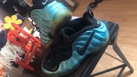 pair of black Nike Foamposite Pro shoes Woodbridge, 22193
