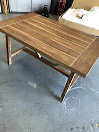 Dining table Lewisburg, 37091
