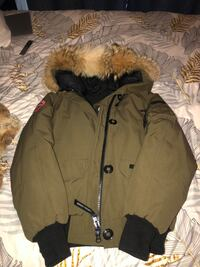 Canada Goose Price non-negotiable..!!!! Size Medium Mississauga, L4Z 0B8