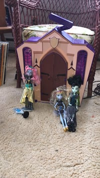 Monster high school  Mississippi Mills, K0A 1A0