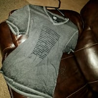 gray and black crew-neck t-shirt Spring, 77373