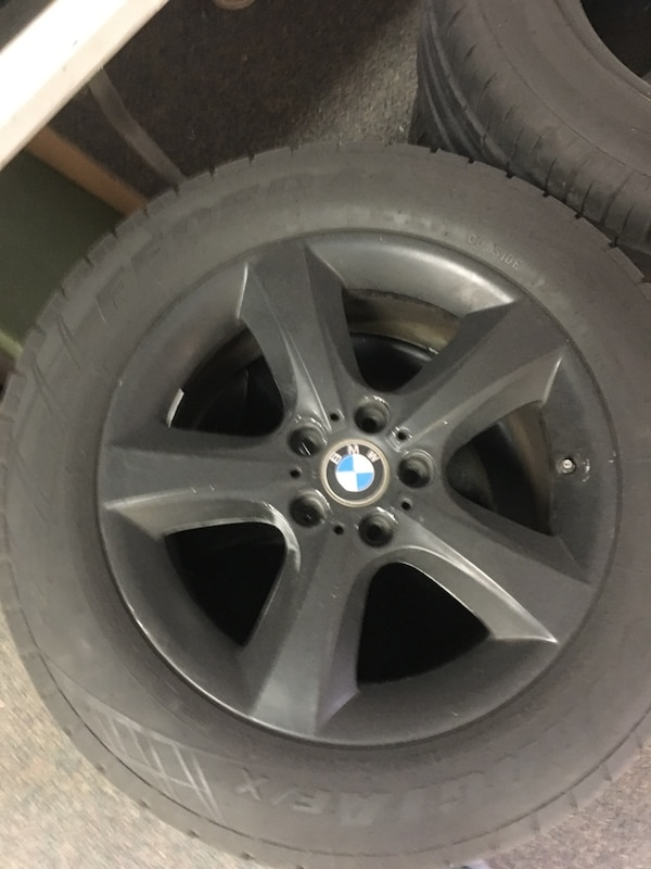 Bmw x5 wheels with new tires