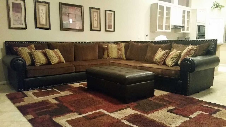 Living Room Set; Sectional Sofa Couch, King Chair