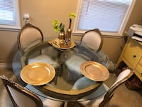 Dining table 4 chairs (Gold leaf) Glendora, 91740