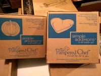 two The Pampered Chef boxes Sidney, 04330