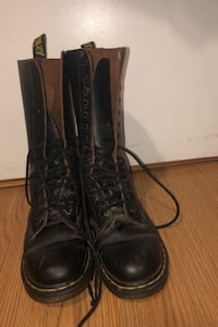 Doc martens Mississauga, L5A 3S8