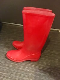 Women's Cute Red Rain Boots - Size 7 Vancouver, V6P 3X1
