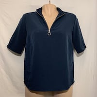 Navy half-zip top - Medium Vancouver