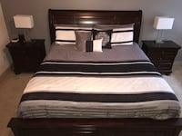 King Bed with Dresser and 2 Nightstands
