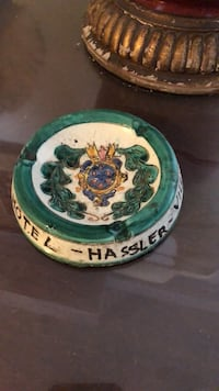 Ceramic ashtray from Hassler Hotel in Rome New York, 10021