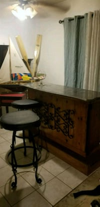 Marble & wrought iron bar & stools Fresno, 93704