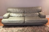Leather couch Vaughan, L6A 0K3