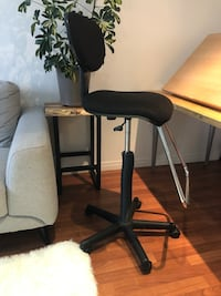 Drafting Chair - EXCELLENT Condition Vancouver, V5V 3P9