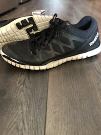 Reebok running shoes  Colwood, V9C 4M6