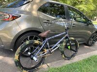 Kink Liberty 2019 With Cult Brand new tires,peds,chain w/ free stuffs Woodbridge, 07095