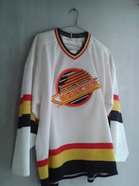 Canucks(yellow& Red Jersey) Medium Burnaby