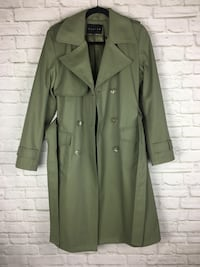 Women's trench coat olive small/xs New Westminster, V3L 3B3