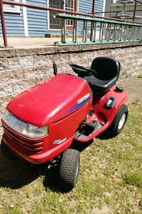 Lawntractor for parts