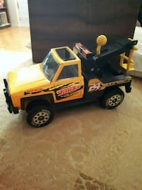 Vintage Tonka Tow Truck. Whitby, L1P 1A1