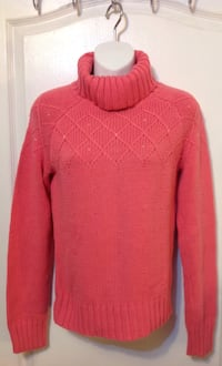Pink turtleneck sweater: size small
