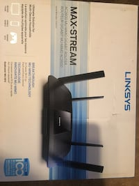 Mint condition linksys wireless gaming router Calgary, T2Y 2E2