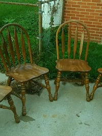 Four armless wooden chairs Troy