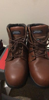 pair of brown leather lace-up boots Ellington, 06029