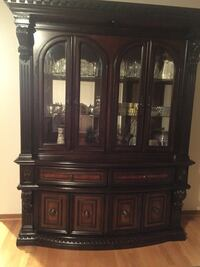 brown wooden china buffet hutch Sterling Heights, 48312
