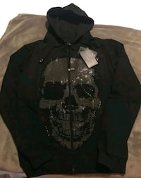 New sweater size M Revere