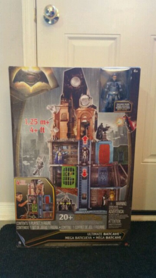 DC Justice League Ultimate Batcave Playset