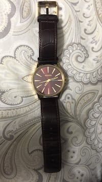 round gold analog watch with black leather strap Leander, 78641