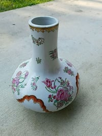 white and red floral ceramic vase Falls Church, 22042