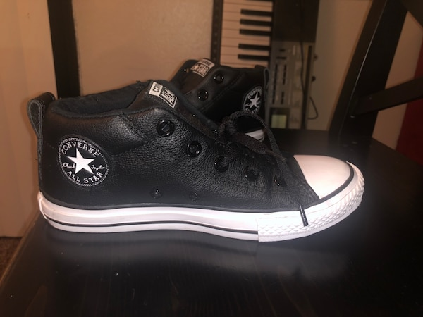 e0a45f67220 Used Black leather converse size 3 youth for sale in San Jose - letgo
