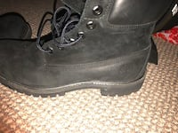 All black water proof timberland boots